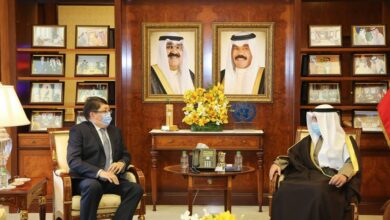 Photo of Қазақстан Елшісі Кувейт СІМ басшысына сенім грамоталарының көшірмелерін табыс етті